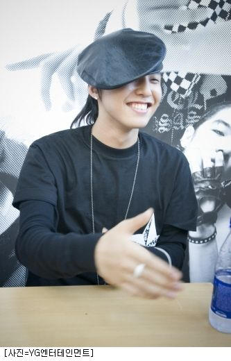 bigbang-first-fan-sign_016
