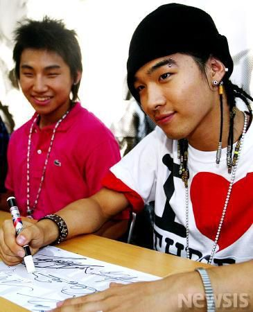 bigbang-first-fan-sign_020